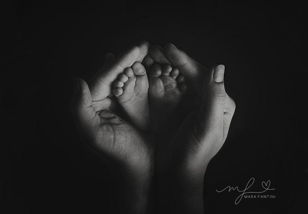 dettagli servizio fotografico  neonato famiglia roma mara fantini